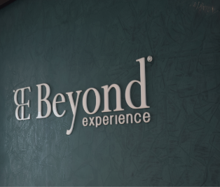 beyond-experience-logo-pared